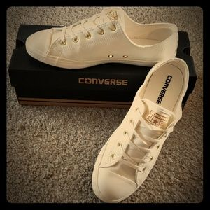 LIKE NEW Leather Converse with Box!